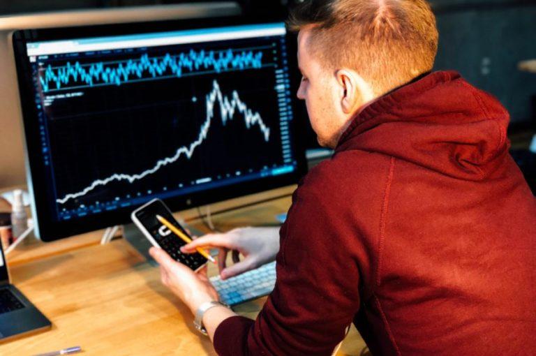 Inwestycyjny wstęp (3/6) – Jak założyć rachunek maklerski?