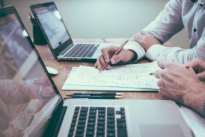 Inwestycyjny wstęp (5/6) – Metody analizy papierów wartościowych