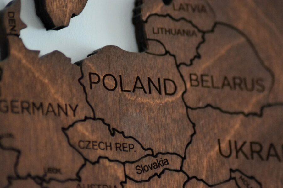 You are currently viewing Deficyt budżetowy Polski i innych krajów UE. Kto w UE żyje ponad stan?