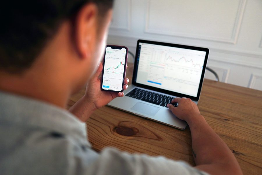 You are currently viewing Jak zarządzać środkami na kontach maklerskich? IKE, IKZE i zwykłe maklerskie